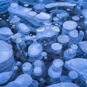 Ice bubbles Abraham Lake